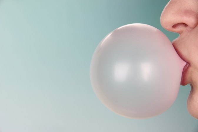 How Many Calories Does Chewing Gum Burn Per Hour?
