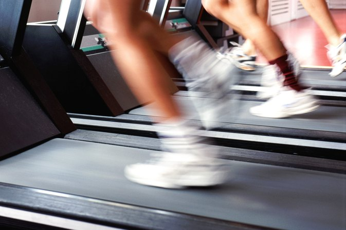 Do You Burn More Calories Running Outside or on a Treadmill?