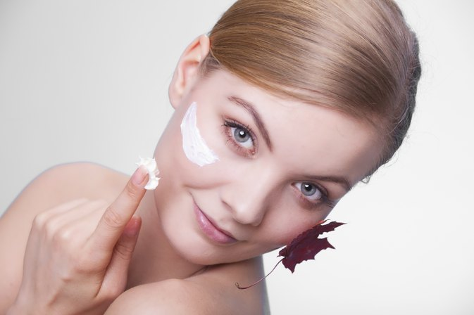 How to Keep Dry Skin Soft, Supple and Young