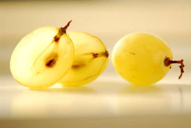 Can Grape Seed Oil Benefit the Skin?