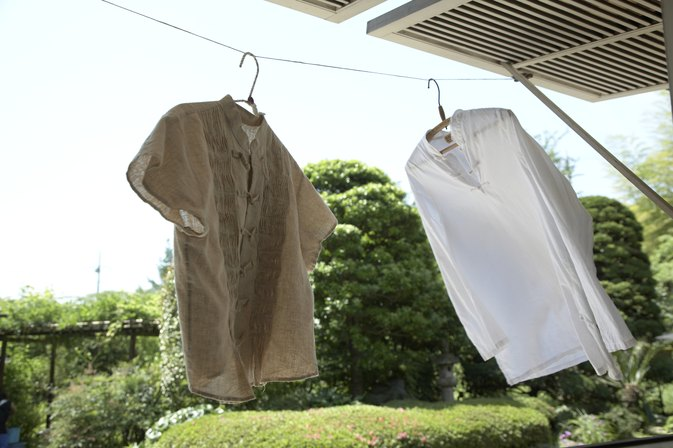 How to Clean a Shirt with Hand Cream & Aloe Stains