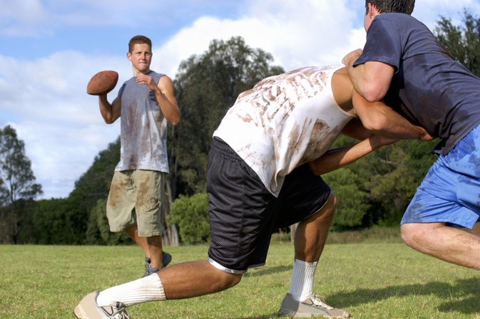 What Does a Center & a Wing Do in a Game of Touch Football?