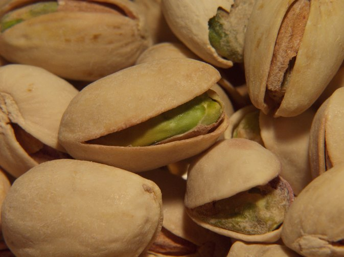 Can Pregnant Women Eat Pistachio Nuts?