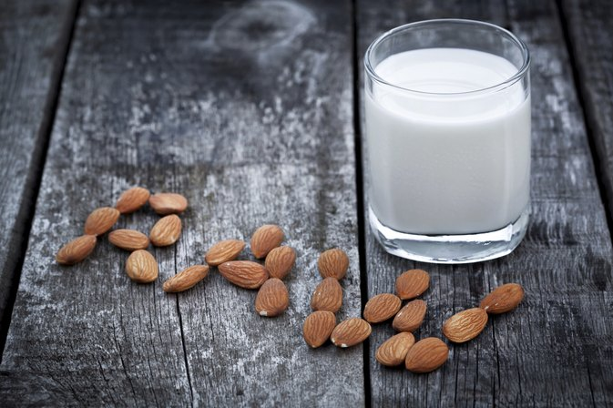 Nutritional Differences in Rice, Soy & Almond Milk
