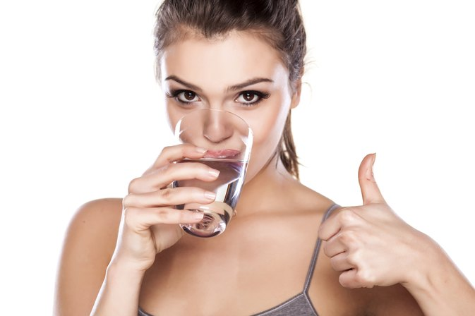 How Much Water to Drink Per Day to Gain Weight