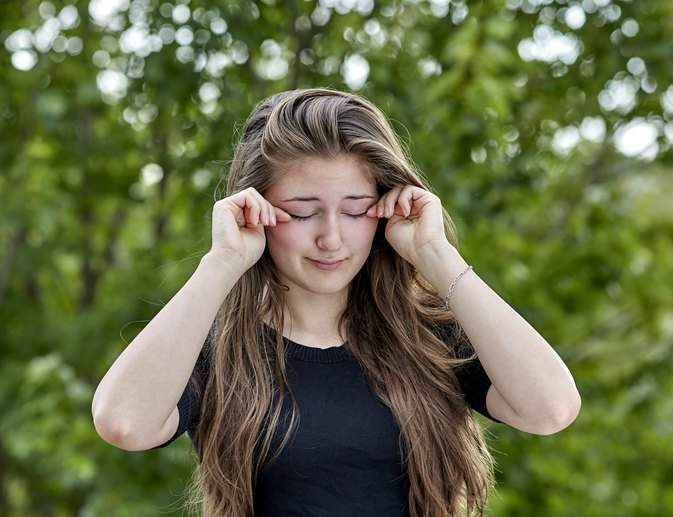 What Are the Causes of Itching Eyelids?