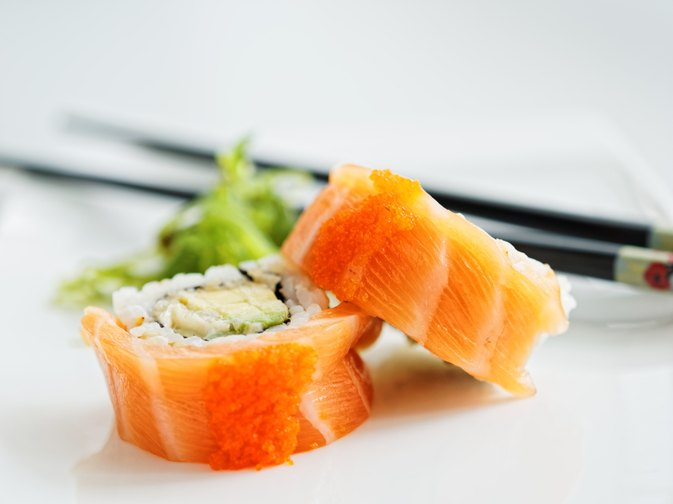 How Many Calories Are in a Salmon Avocado Roll?