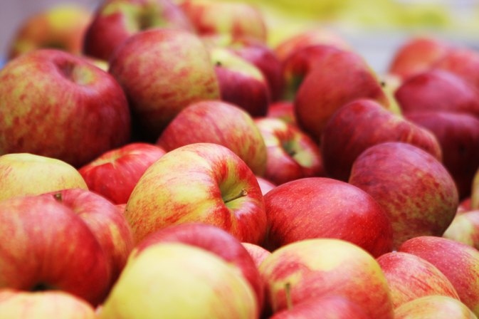 Do Apples Help You Lose Weight?