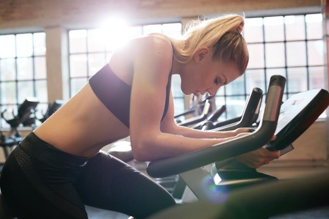 How Many Calories Are Burned on a Stationary Bike in 30 Minutes?
