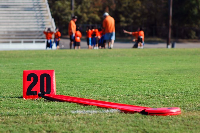 How to Play Flag Football Defense