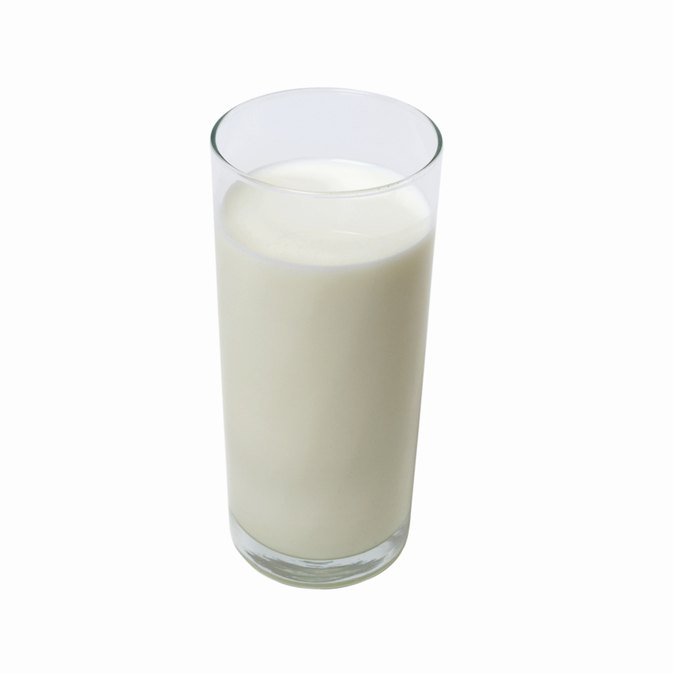 Should Bodybuilders Drink Milk?