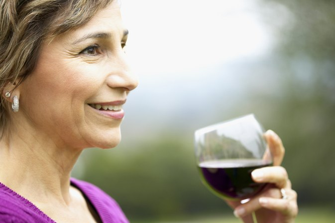 Can I Drink Wine If I'm Taking an Antihistamine?