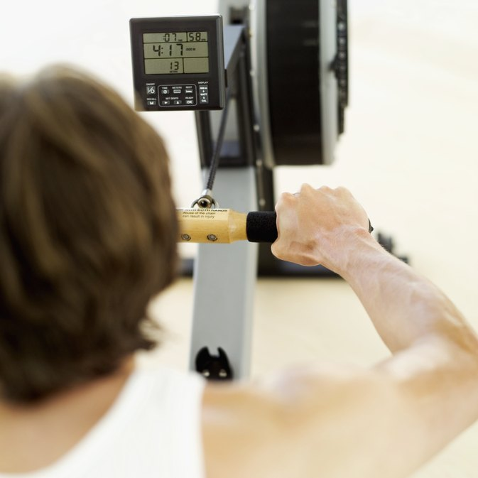 How to Lose Weight Fast With a Rowing Machine