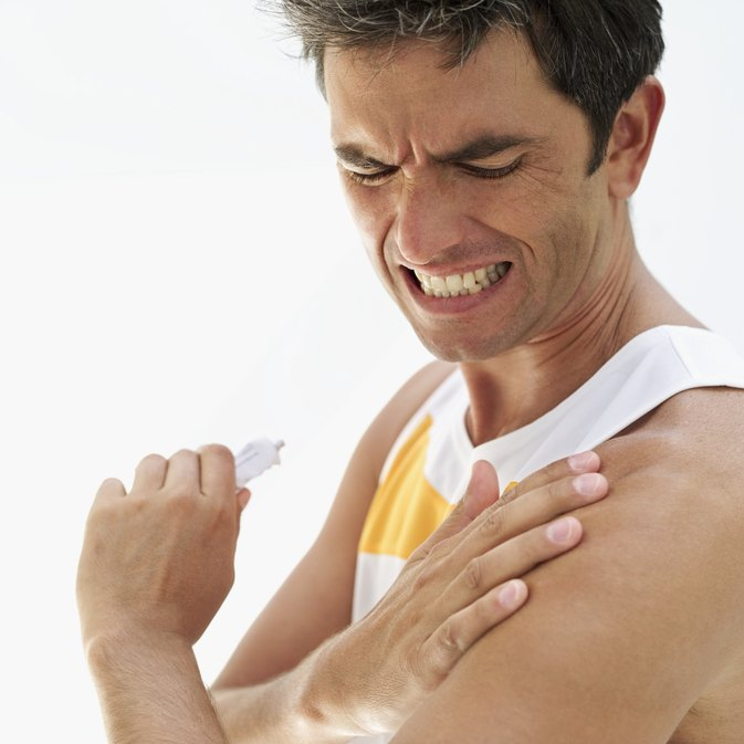 Can Dips Cause Shoulder Impingement?