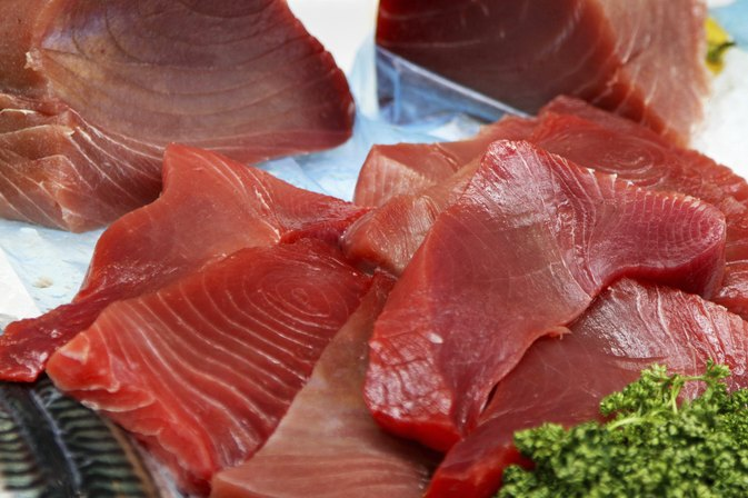 How to Cook Yellowfin Tuna on a George Foreman
