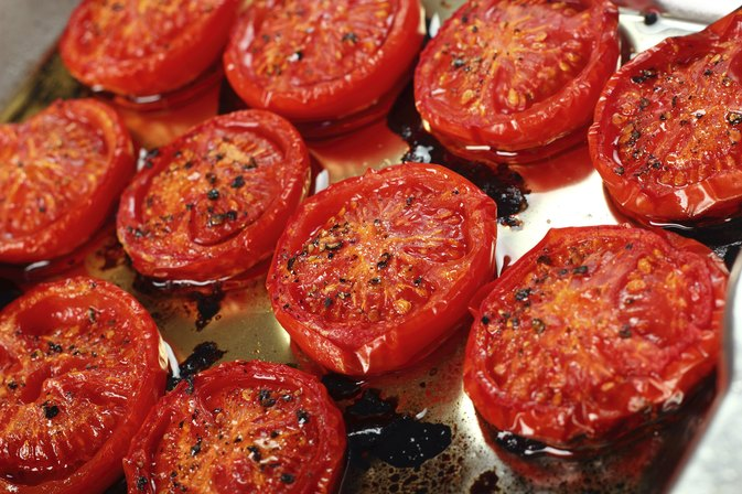 How to Grill Tomatoes on a Stove