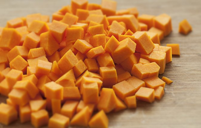 How to Cook a Cubed Butternut Squash in a Stove Pan