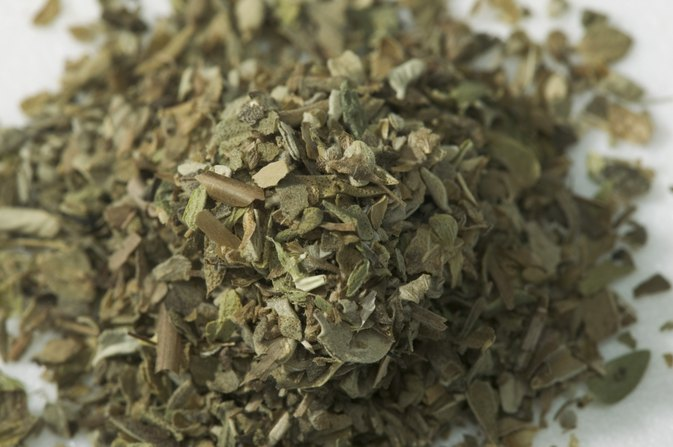 What Are the Functions of Dry Oregano?