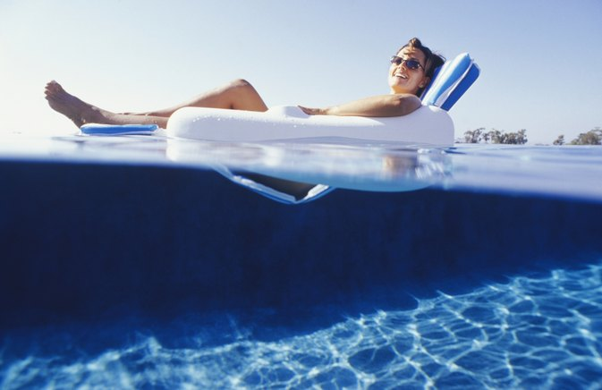 The Difference Between Steel & Aluminum in Swimming Pools