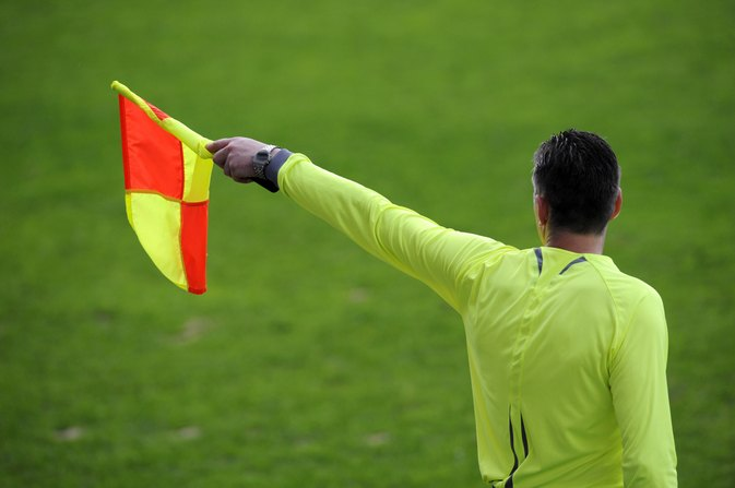 What Are the Duties of a Soccer Referee?