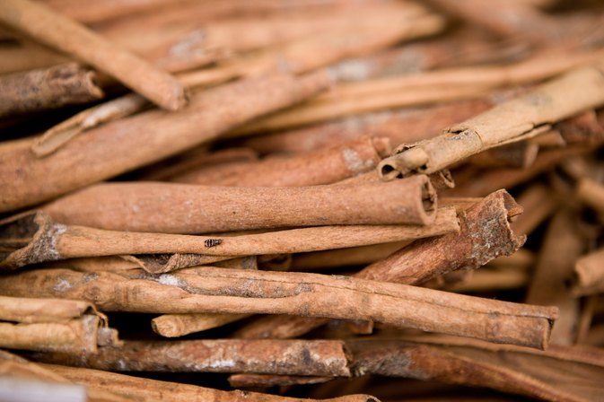 Honey & Cinnamon to Lower Triglycerides