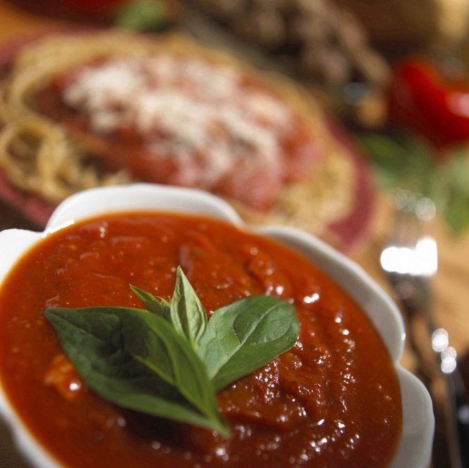 How to Decrease Acid in Pasta Sauce