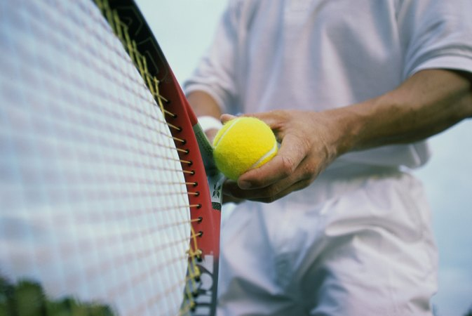 How to Keep Sweaty Hands Dry for Tennis