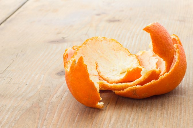 How to Make a Face Peel Mask with Oranges