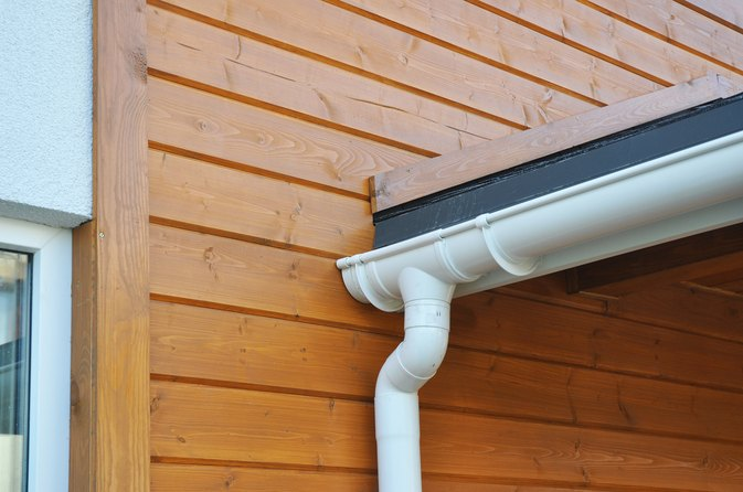 Home Improvement Tips For Cleaning Green Algae Off The Siding Livestrong Com