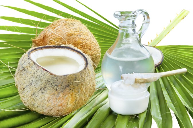 How do I Bake With Coconut Oil?