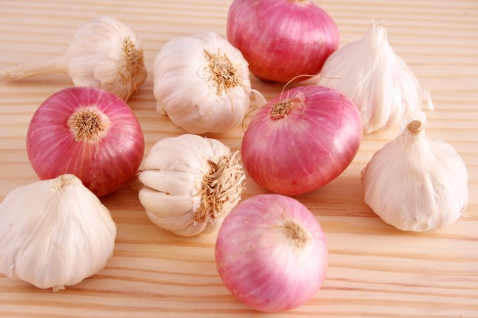 Image result for garlic and onion hd