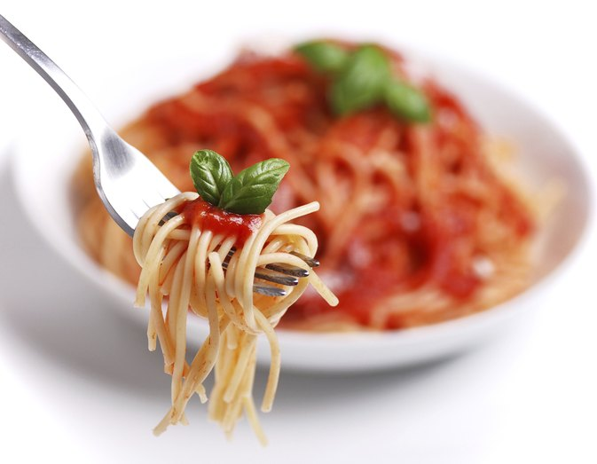 How to Make Spaghetti Sauce Using Tomato Sauce