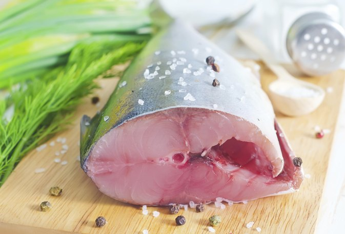 How Do I Cook a Tuna Steak Without Grilling It?