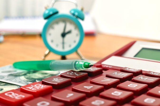 How to Calculate Hours Worked for Employees