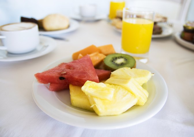 How to Eat Fruit for Breakfast & Lunch to Lose Weight