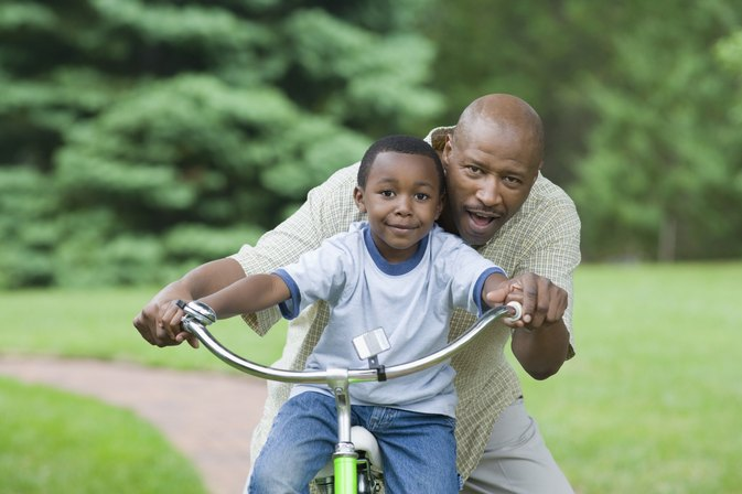 Best Age and Method for Learning How to Ride a Bike