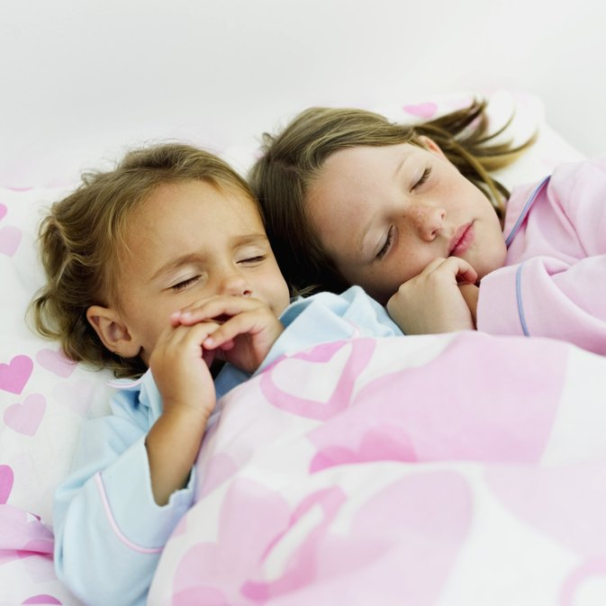 how to get two small children to sleep in the same room - Small Children Images