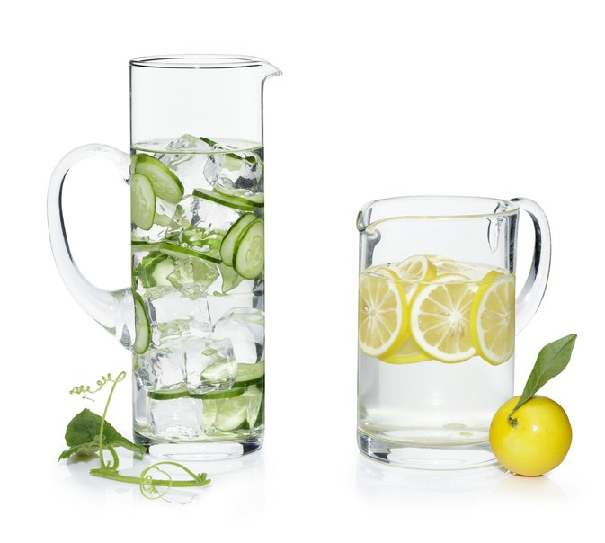 What Are the Benefits of Lemon & Cucumber Juice?