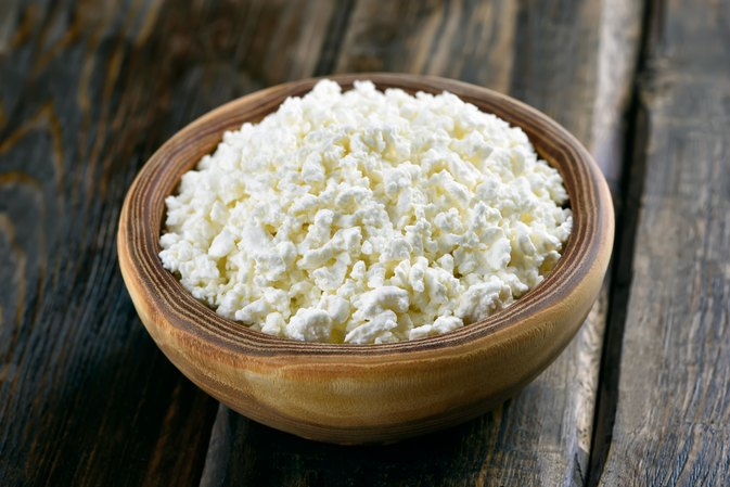 Is Cottage Cheese Good for Weight Training?