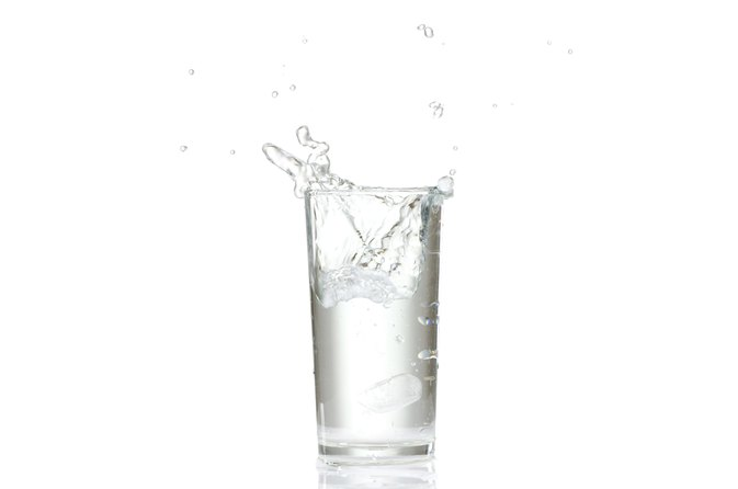 What Is Better for Weight Loss: Room-Temperature Water or Cold Water?