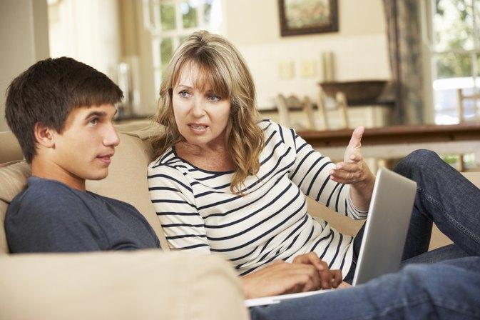 disadvantages of teen curfews com disadvantages of teen curfews