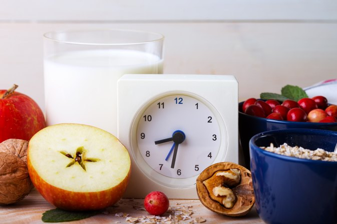 How to Eat Every Hour on the Hour to Lose Weight