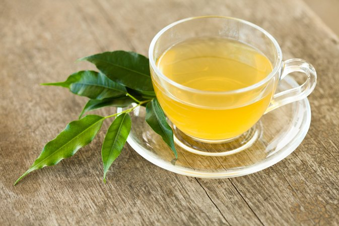 How to Drink Green Tea and Lemon Juice Without Sugar to Lose Weight | LIVESTRONG.COM
