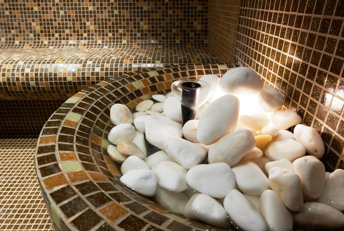 What Are the Benefits of a Steam Room?