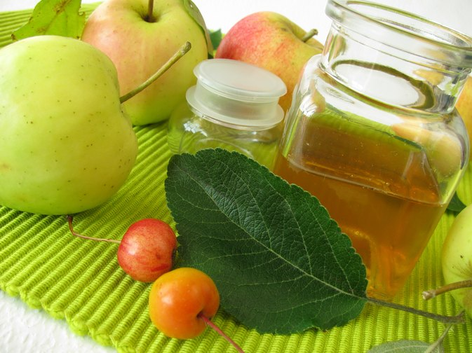Apple Cider Vinegar vs. Organic Apple Cider Vinegar
