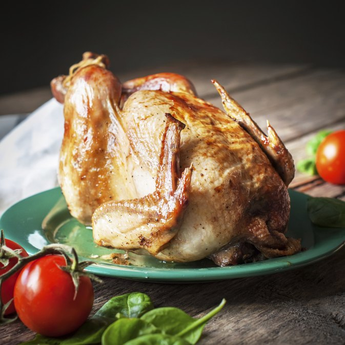 Nutrition for Dark Meat Chicken vs. Light Meat Chicken