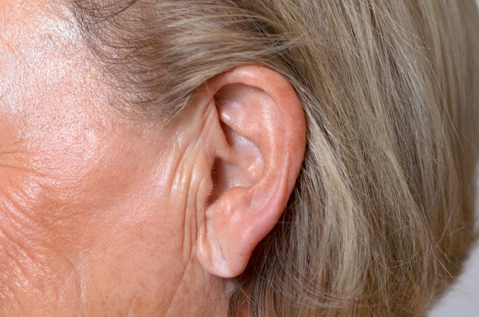 How to Do Ear Irrigation