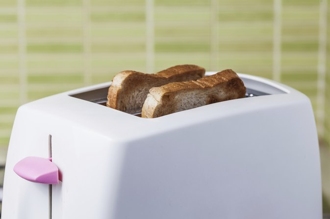 How Many Calories In a Piece of Toast?