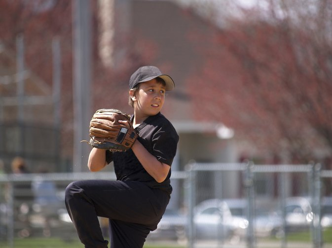 How to Strengthen Your Pitching Arm for Little League