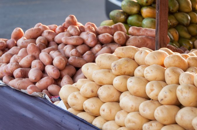 Nutritional Difference Between Red & Yellow Potatoes